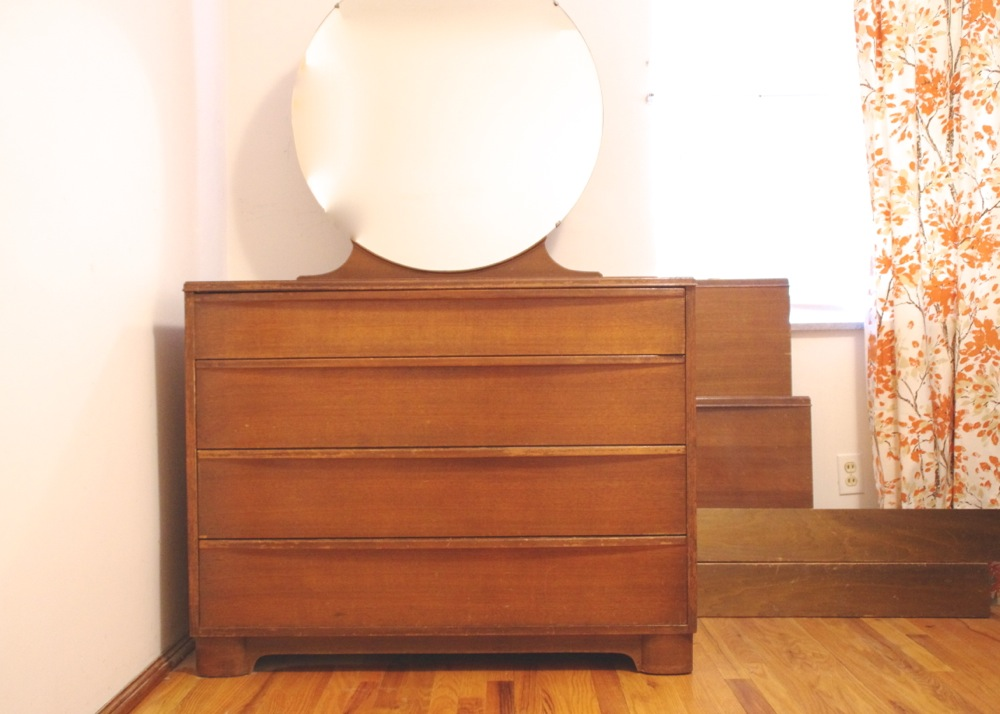 Circa 1930s art deco dresser with round mirror