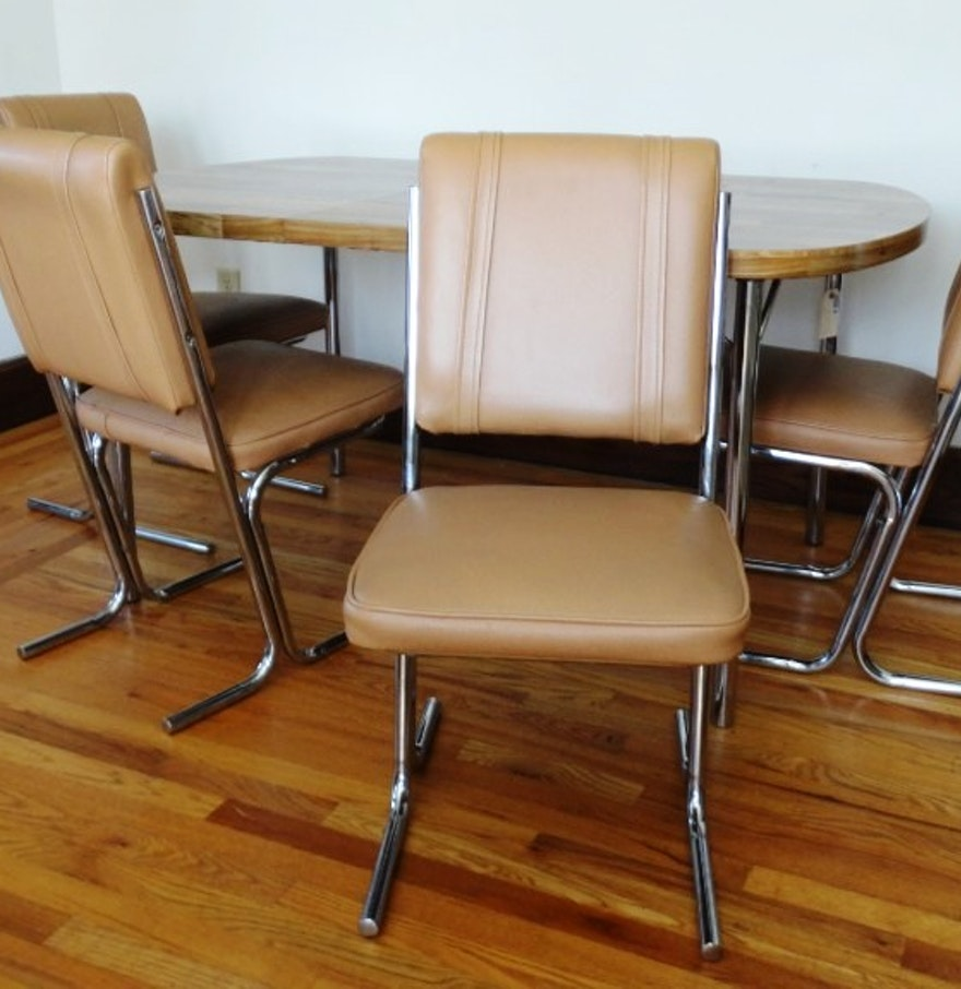 Vintage Laminate Top Kitchen Table And Stoneville Chairs Ebth