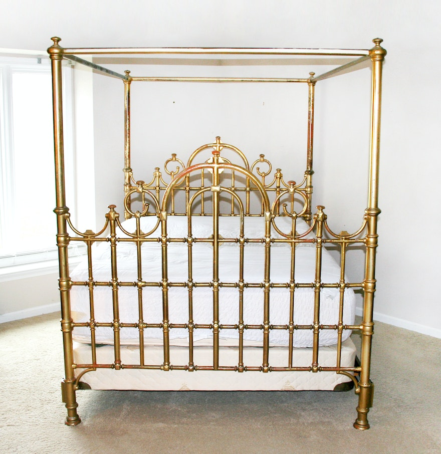 Queen size brass plated canopy bed frame ebth for Brass canopy bed frame
