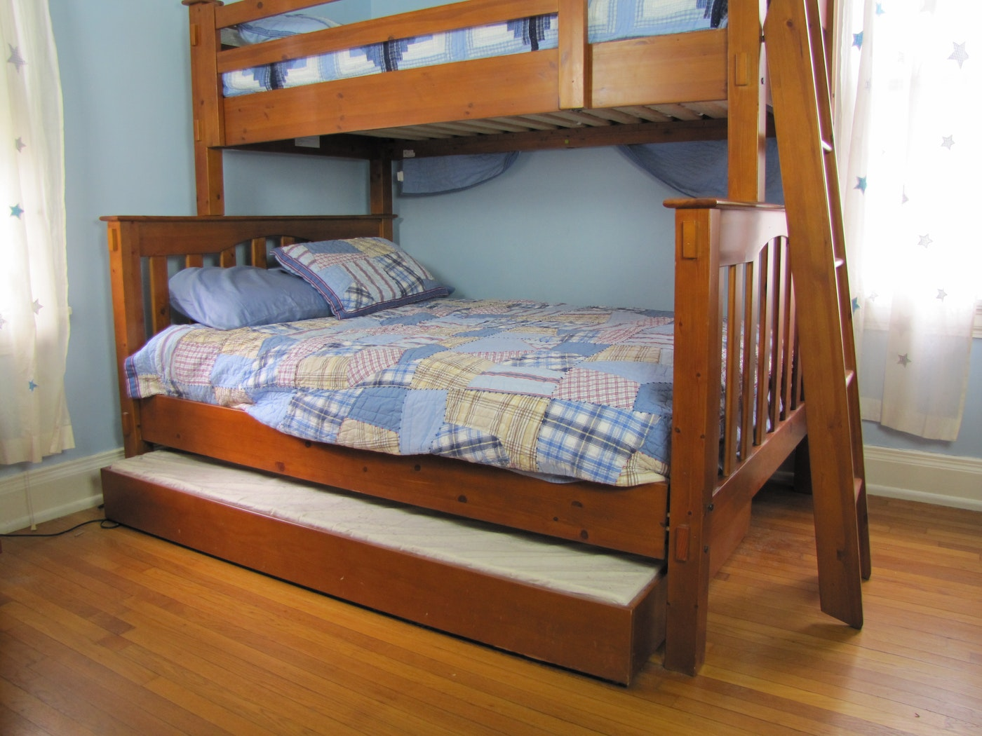 Pottery Barn Kendall Twin Loft Over Full With Trundle Bed