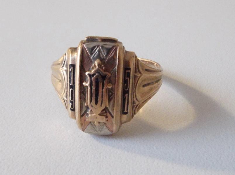 1951 10k yellow gold class ring ebth