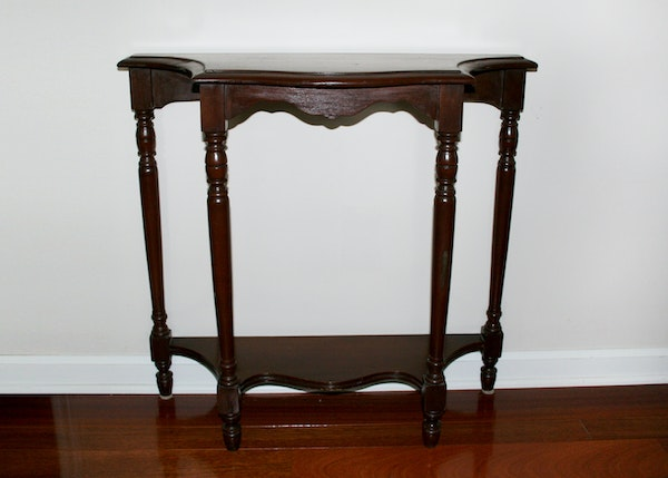 Foyer Accent Chair : Flat back foyer accent table ebth