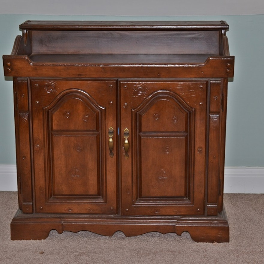 Vintage 1970s Soundesign Console Stereo Cabinet With Stereo