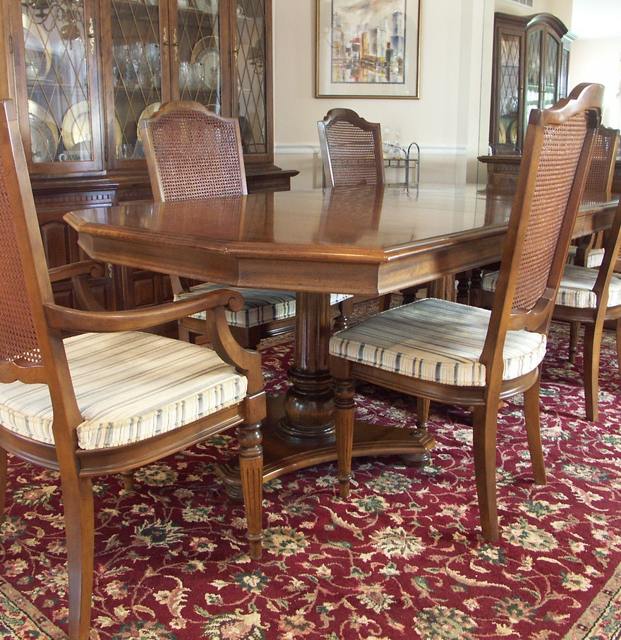 Ethan Allen Dining Room Sets: Ethan Allen Dining Table And Six Chairs : EBTH