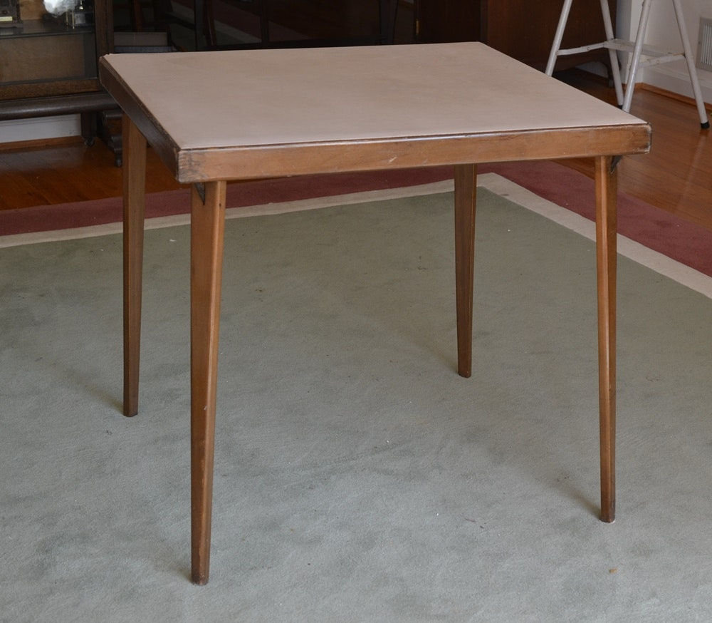 Vintage folding card table with wood legs ebth for Table 52 cards 2014