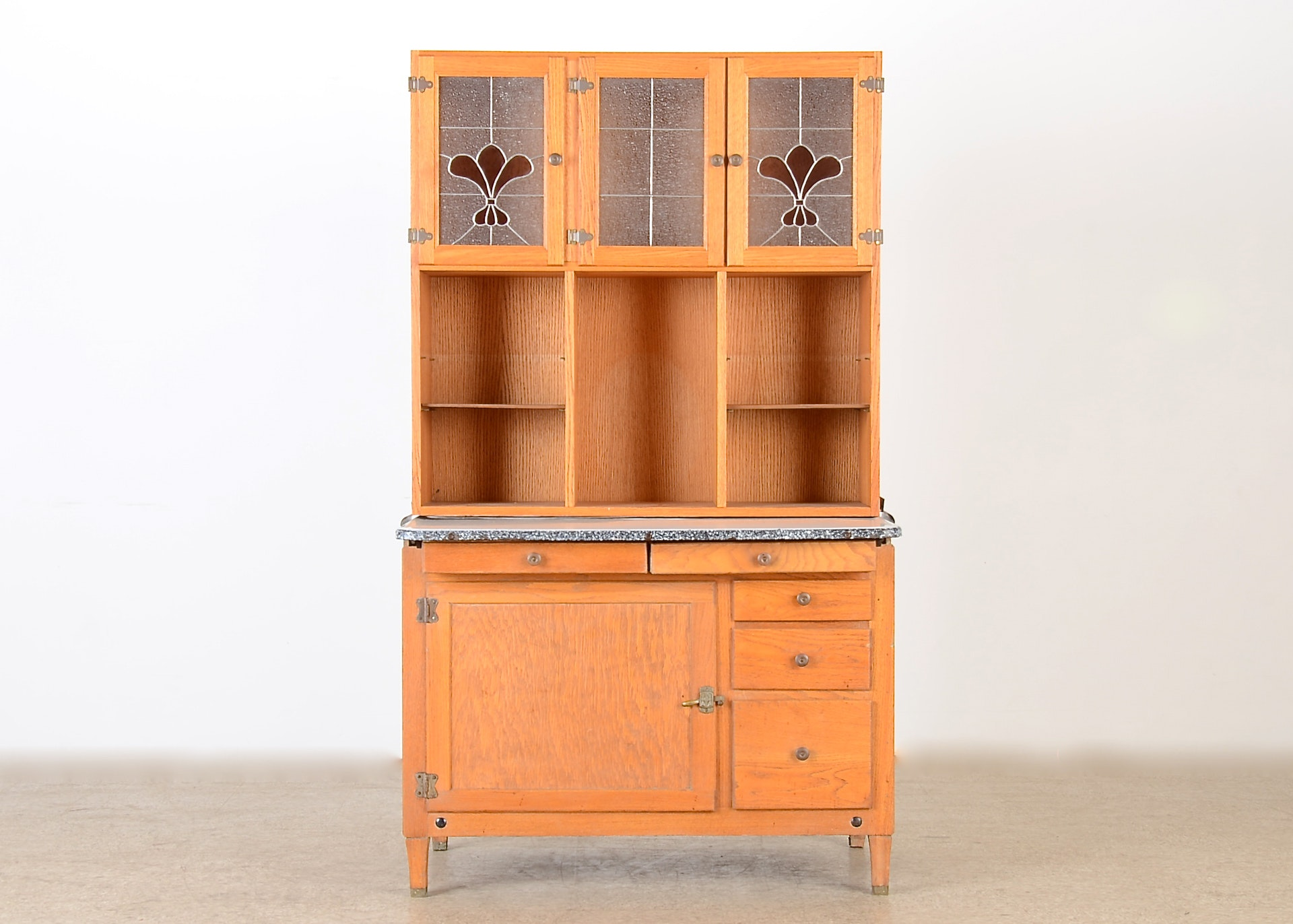 Oak Kitchen Hutch With Hoosier Cabinet : EBTH