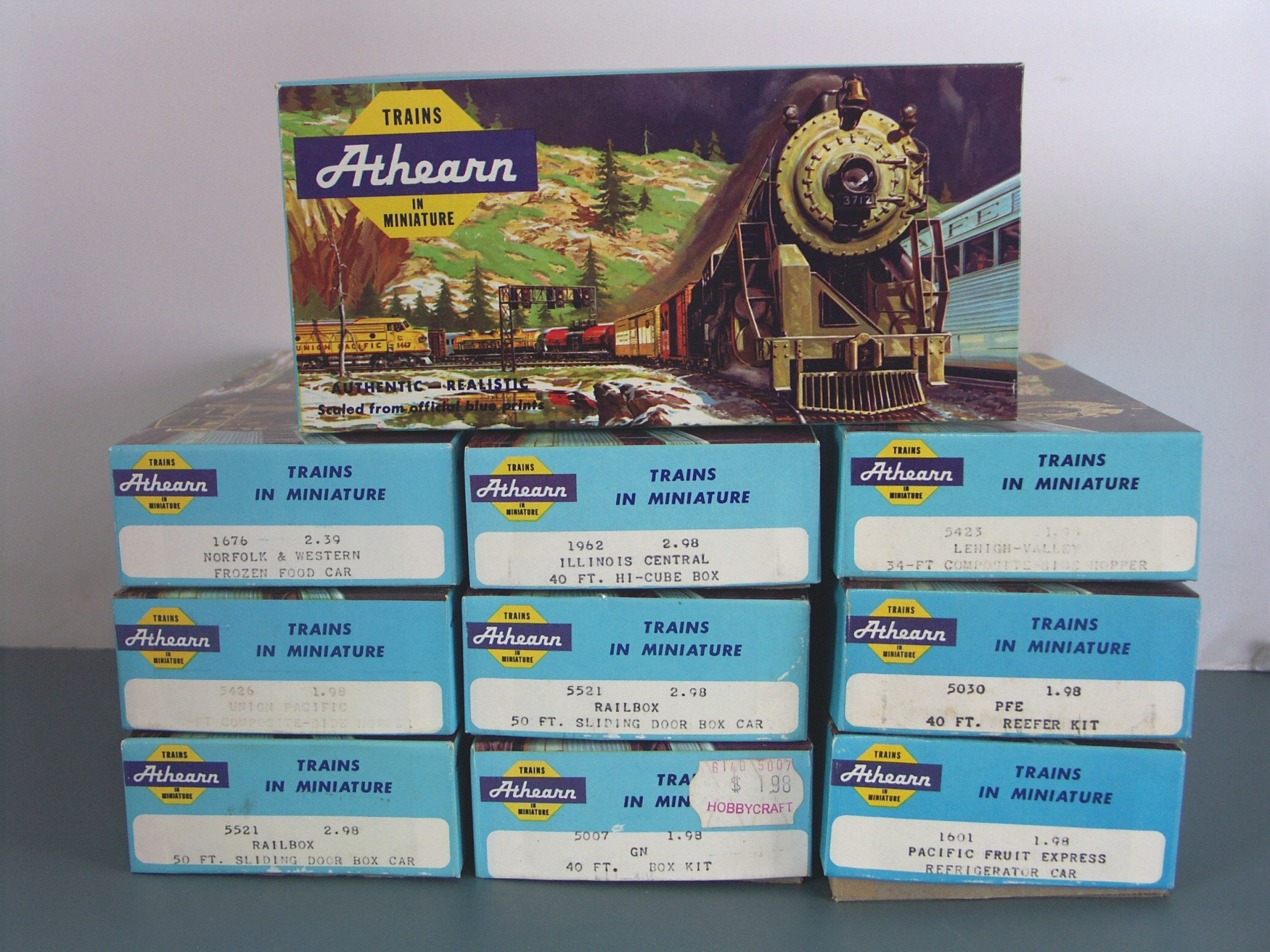 Lot Of Vintage Athearn Ho Scale Trains Assorted Box Cars Ebth