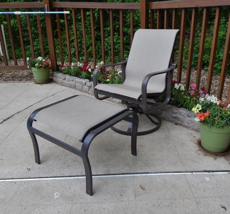 Suncoast Patio Chair And Foot Rest