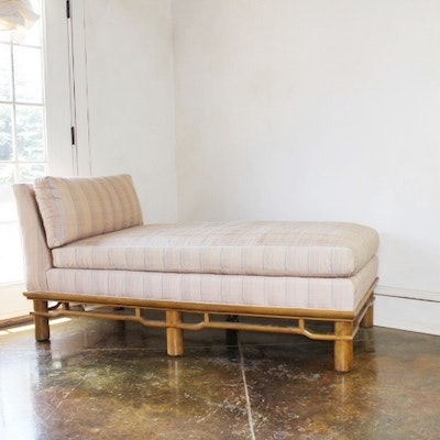 Online furniture auctions vintage furniture auction for Asian chaise lounge