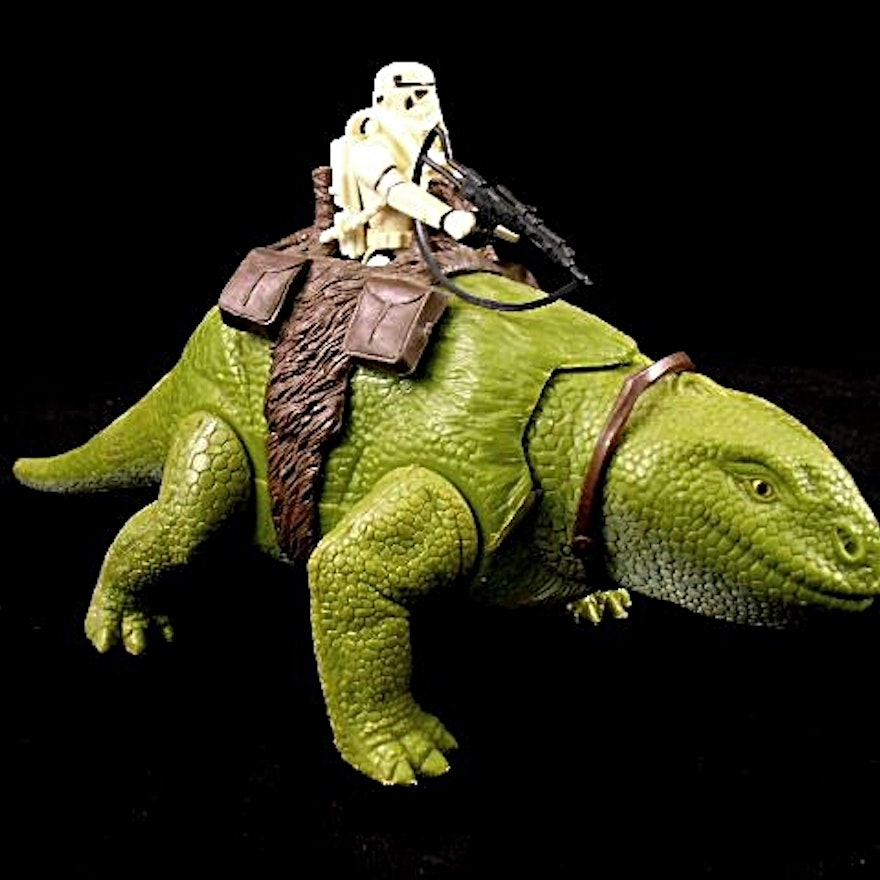 Three Star Wars Action Creatures Giant Lizards with Stormtrooper
