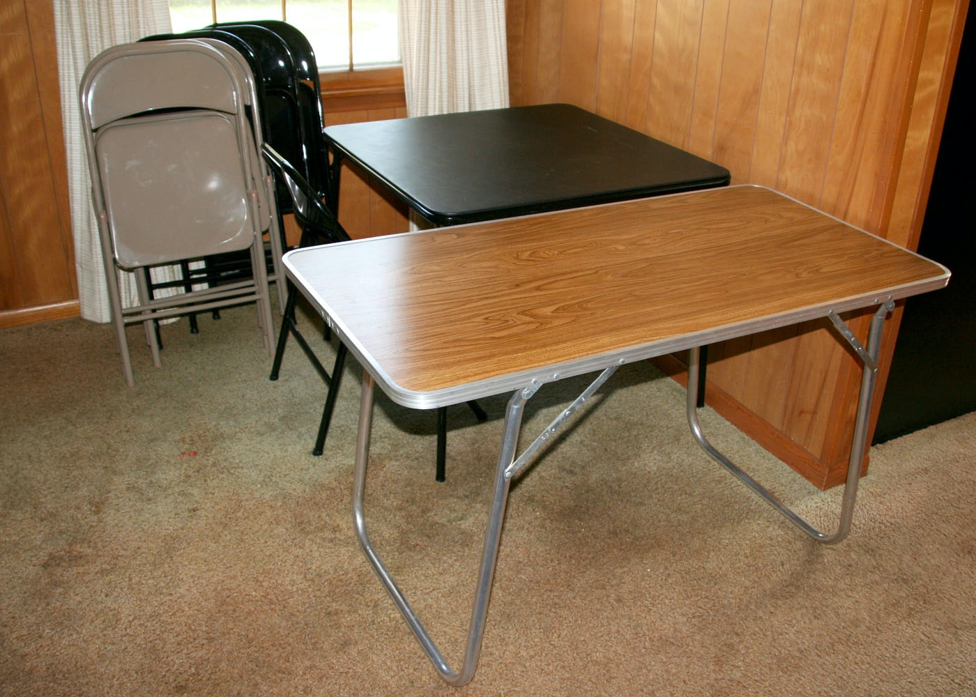 Superieur Pair Of Card Tables And Seven Metal Folding Chairs