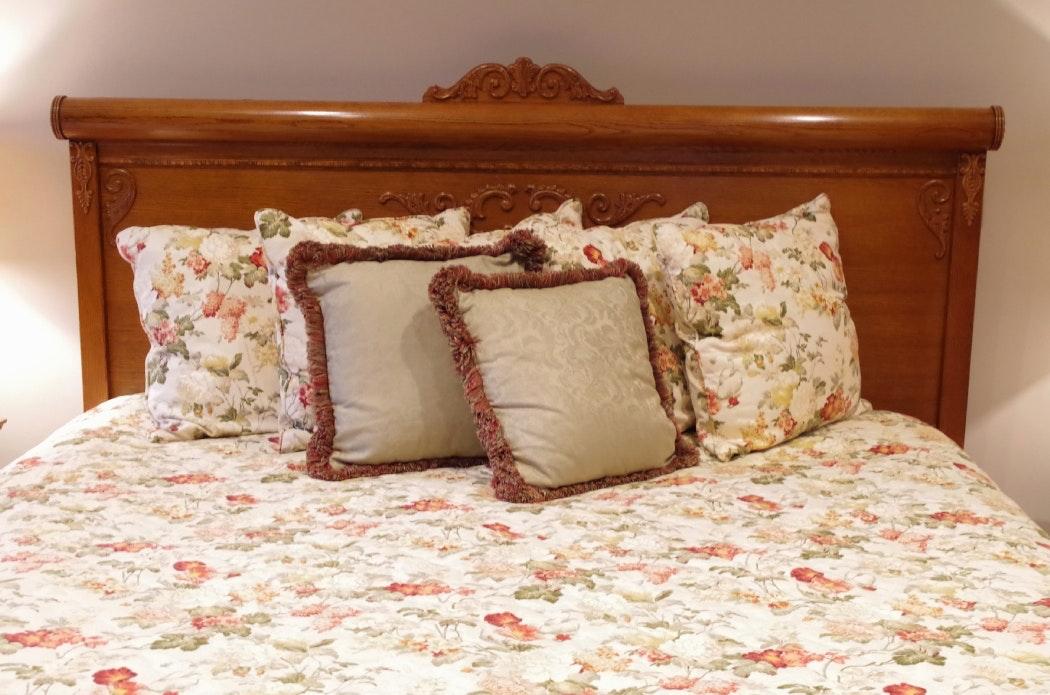 Lexington Quot Victorian Sampler Quot Red Oak King Bed Ebth