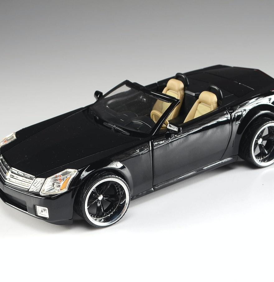 2001 Hot Wheels Cadillac XLR Die Cast Model Car : EBTH