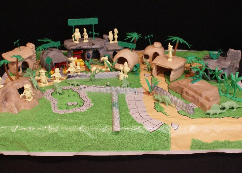 Vintage 1960s Marx Flintstones Playset Ebth