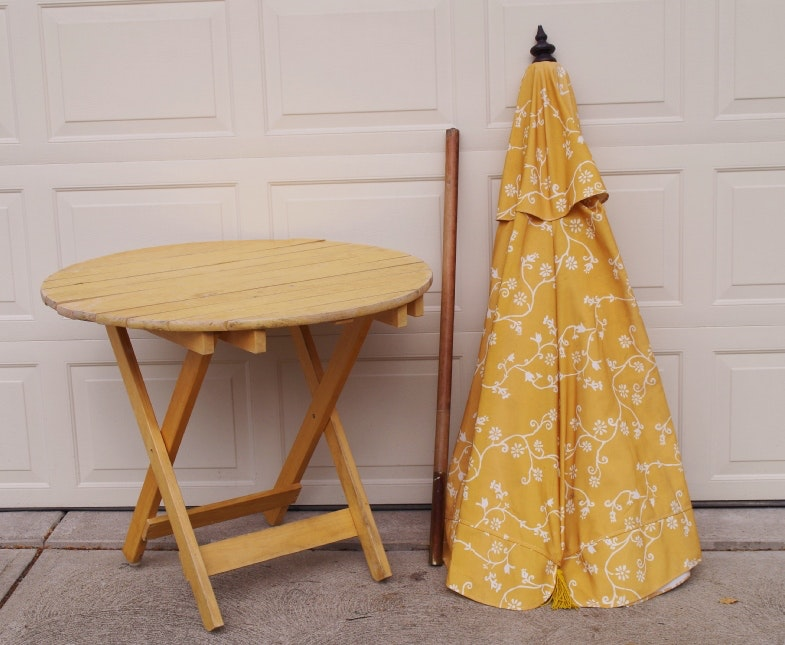 Pier One Patio Umbrella And Folding Pine Table ...