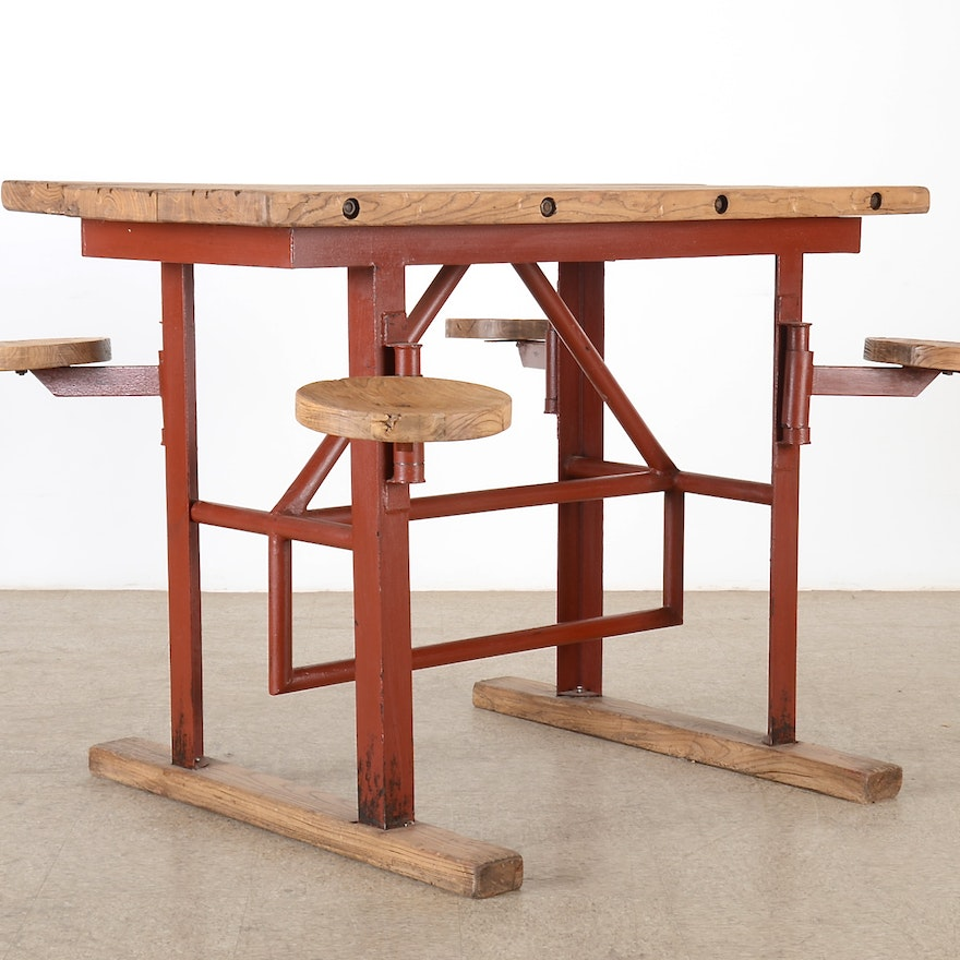 Chic High Swing Set Table