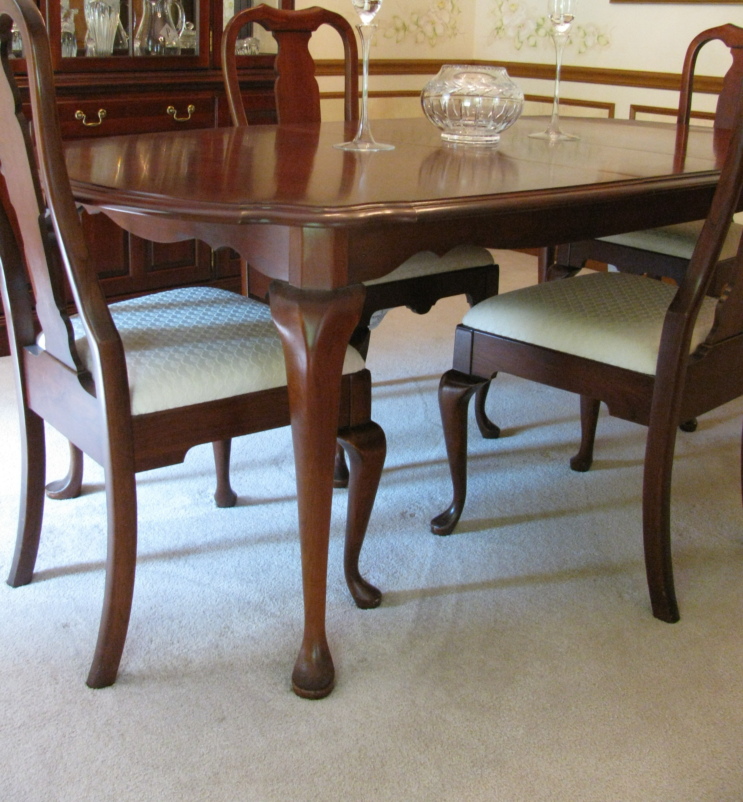 pennsylvania house cherry queen anne dining room table and chairs
