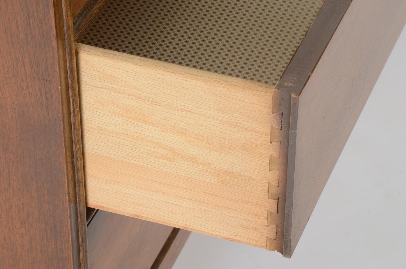 Bassett Furniture Industries Inc 1950 S Dresser Ebth