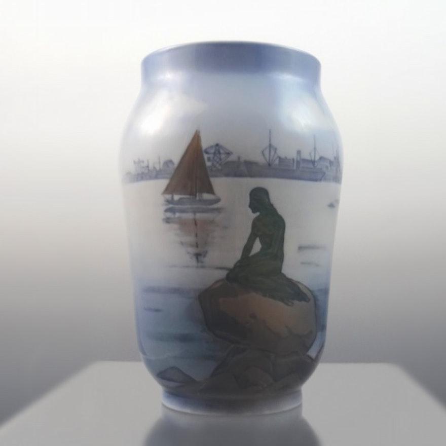 Vintage Royal Copenhagen Langelinie Vase 4576 Ebth