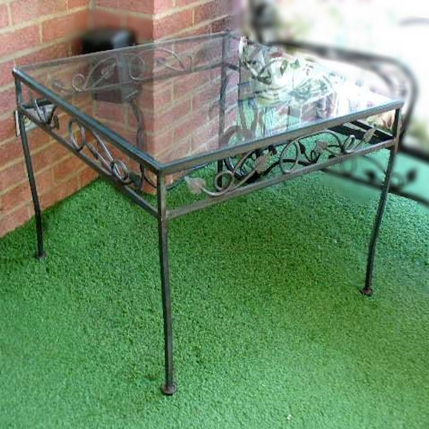 Wrought Iron Patio Table With Ivy Design And Glass Top Ebth - Picture-table-by-ivydesign