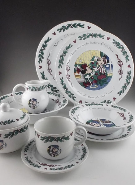 64 Piece Disney  Twas the Night Before Christmas  Dinnerware ... & 64 Piece Disney