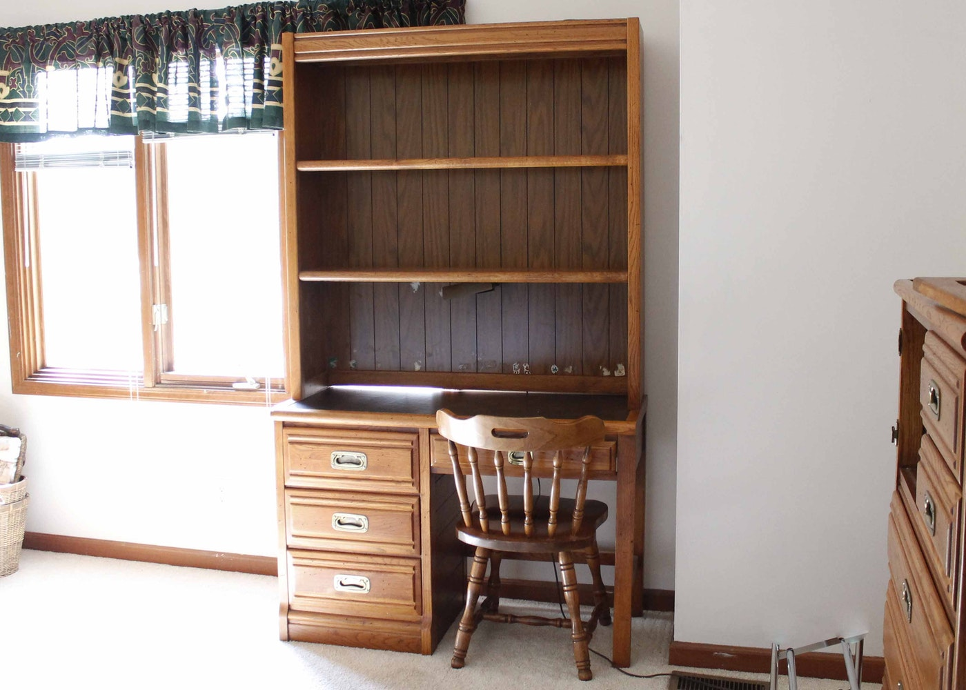Young And Hinkle Furniture Company Desk Ebth