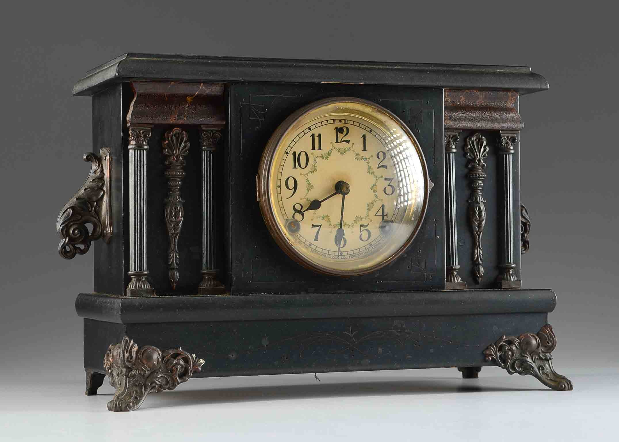 Dating sessions mantel clock