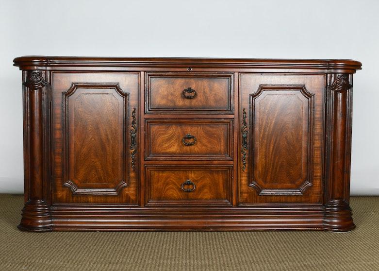 Hooker Furniture Knotty Pine Entertainment Center Ebth