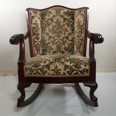 Vintage Chairs, Antique Chairs and Retro Chairs Auction in Cincinnati ...