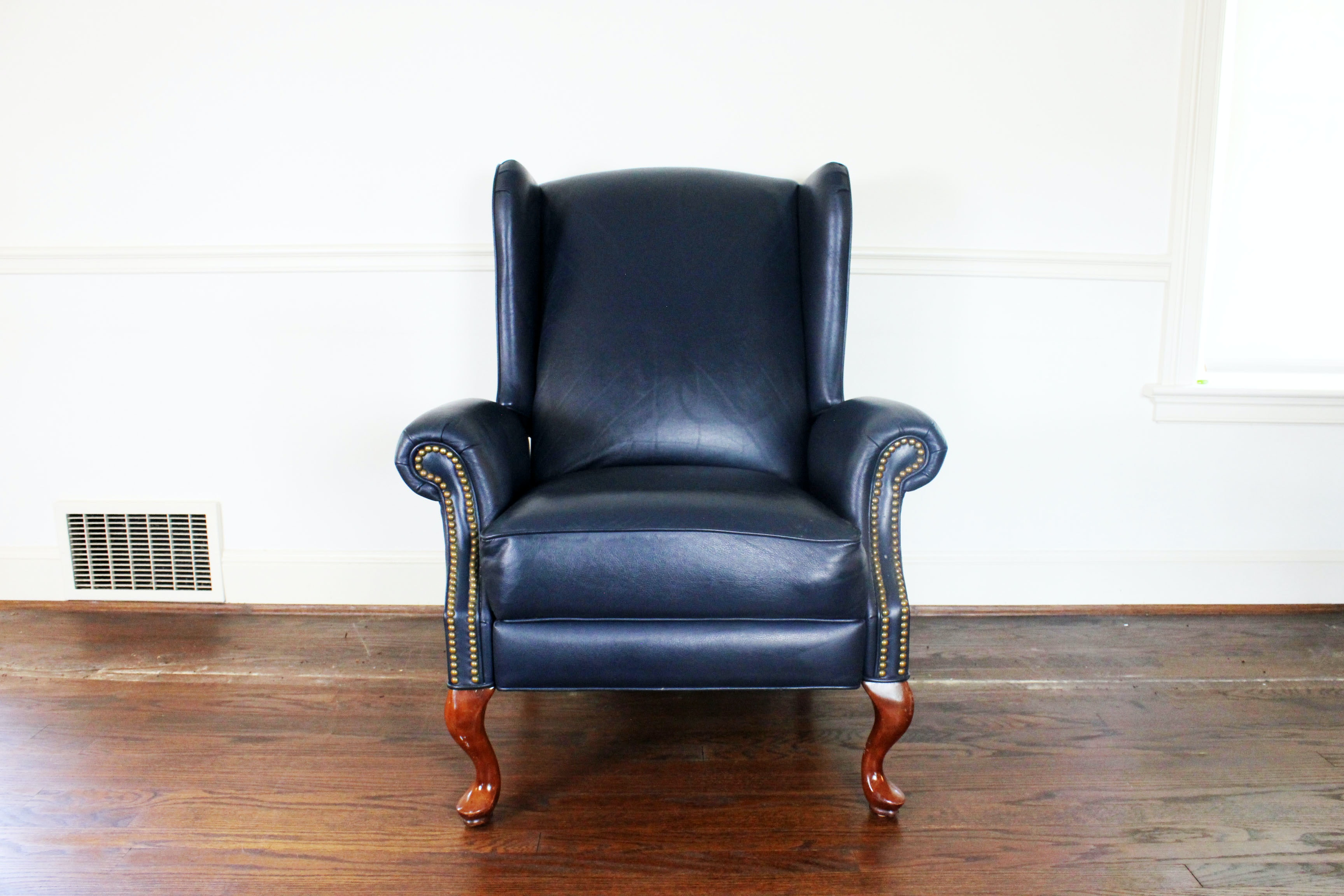 Queen Anne Style Wingback Leather Reclining Chair ...