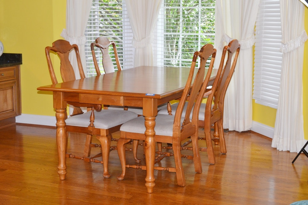 Walter Of Wabash Pine Table And Four Queen Anne Style Chairs ...
