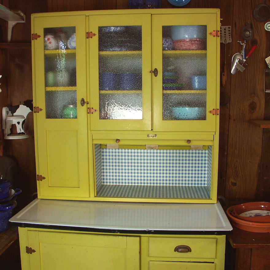 1950s kemper 39 hoosier 39 style kitchen cabinet ebth for 50s kitchen cabinets