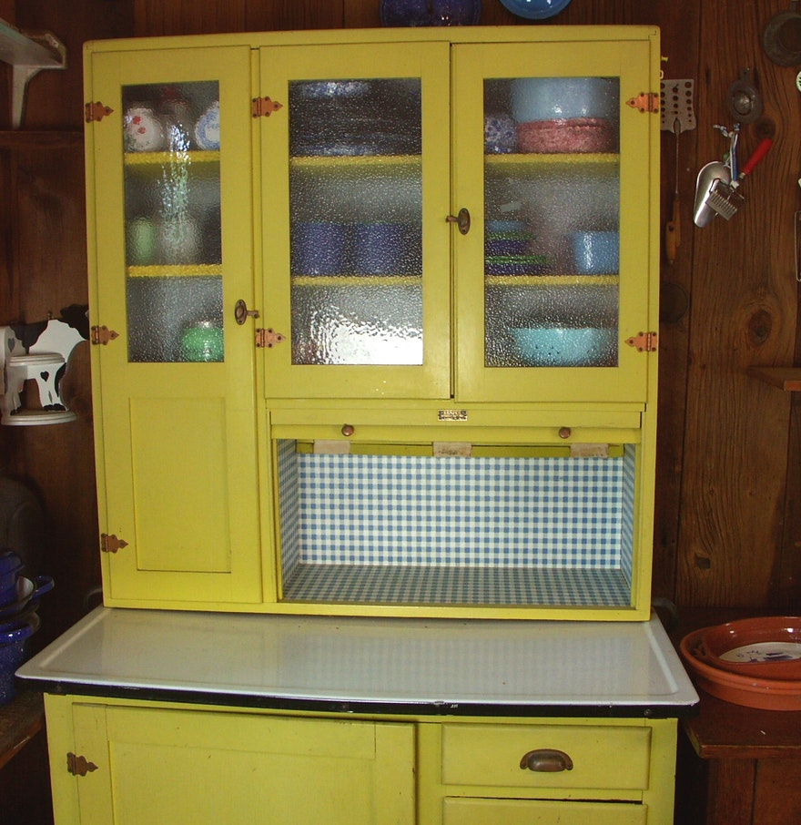 1950s kemper 39 hoosier 39 style kitchen cabinet ebth for 1950 kitchen cabinets for sale