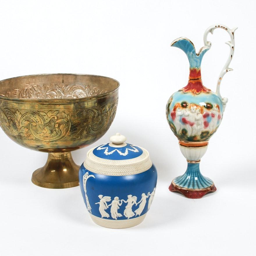 Set Of Three Decorative Bowls And Vases Ebth