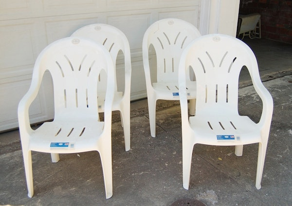 Syroco Plastic Stacking Chairs Ebth