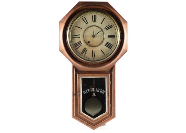 Mid 20th Century Ethan Allen Wall Clock Ebth