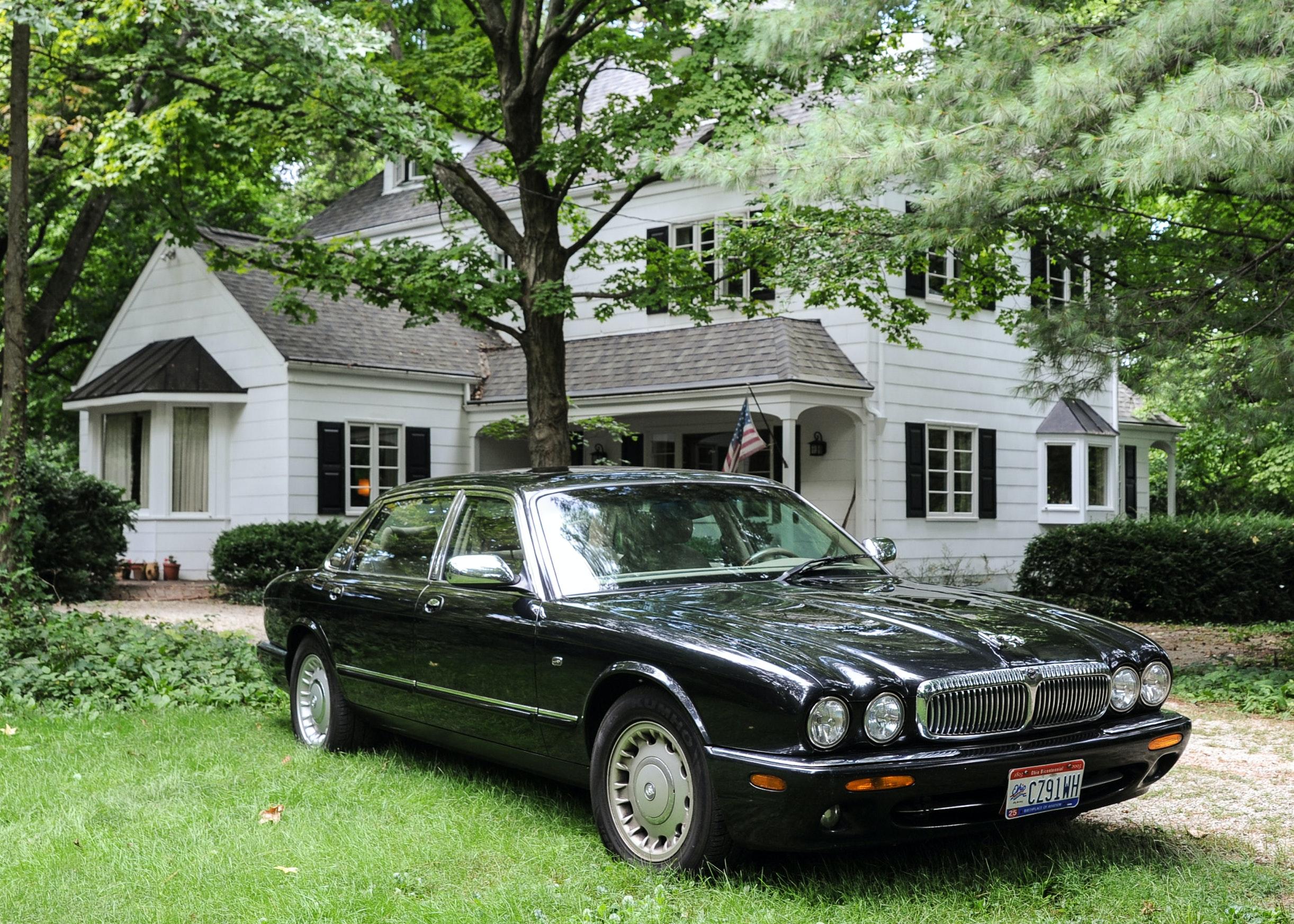 2000 Jaguar XJ Series Vanden Plas ...