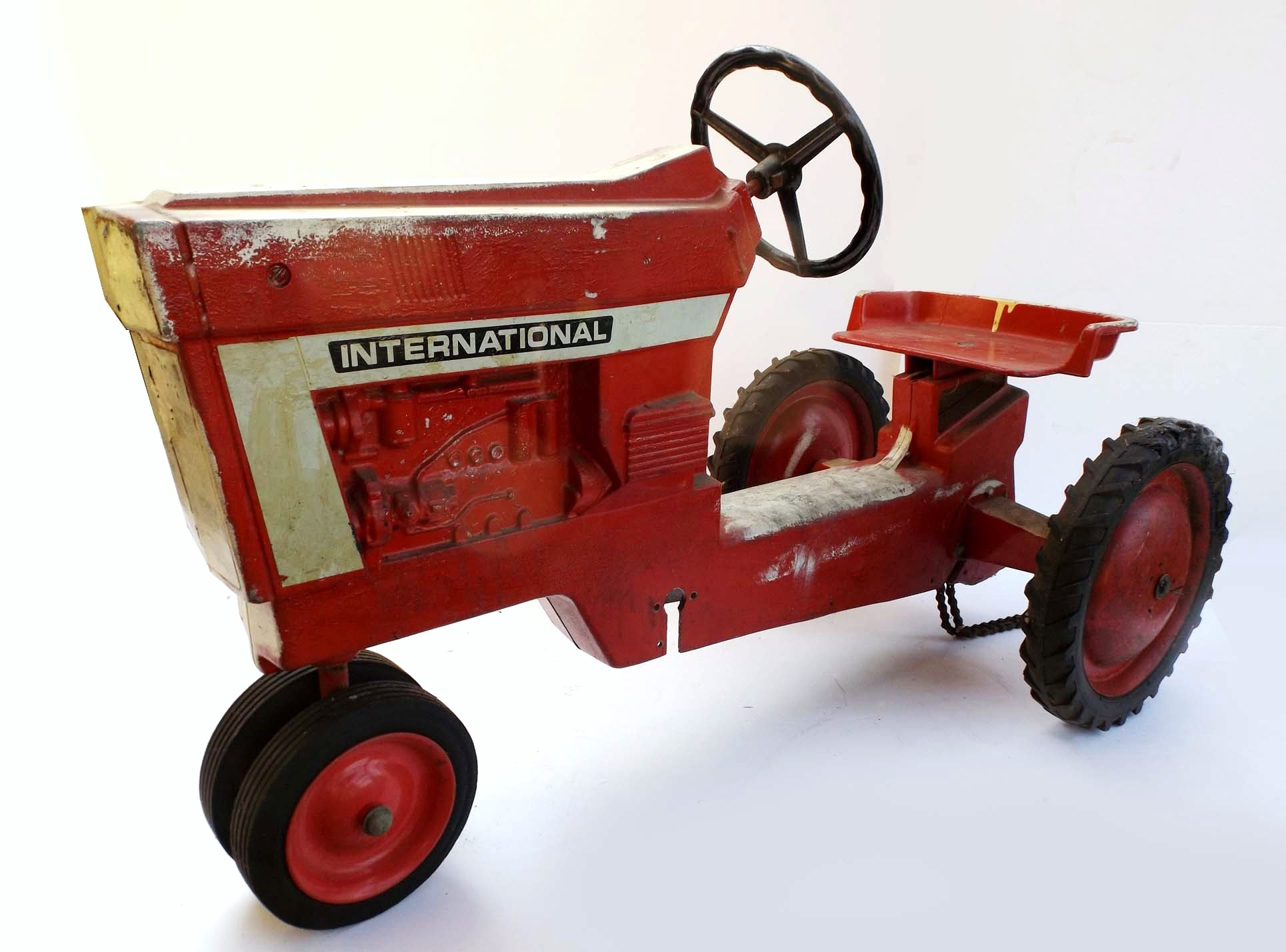 Vintage International Harvester Pedal Tractor Ebth