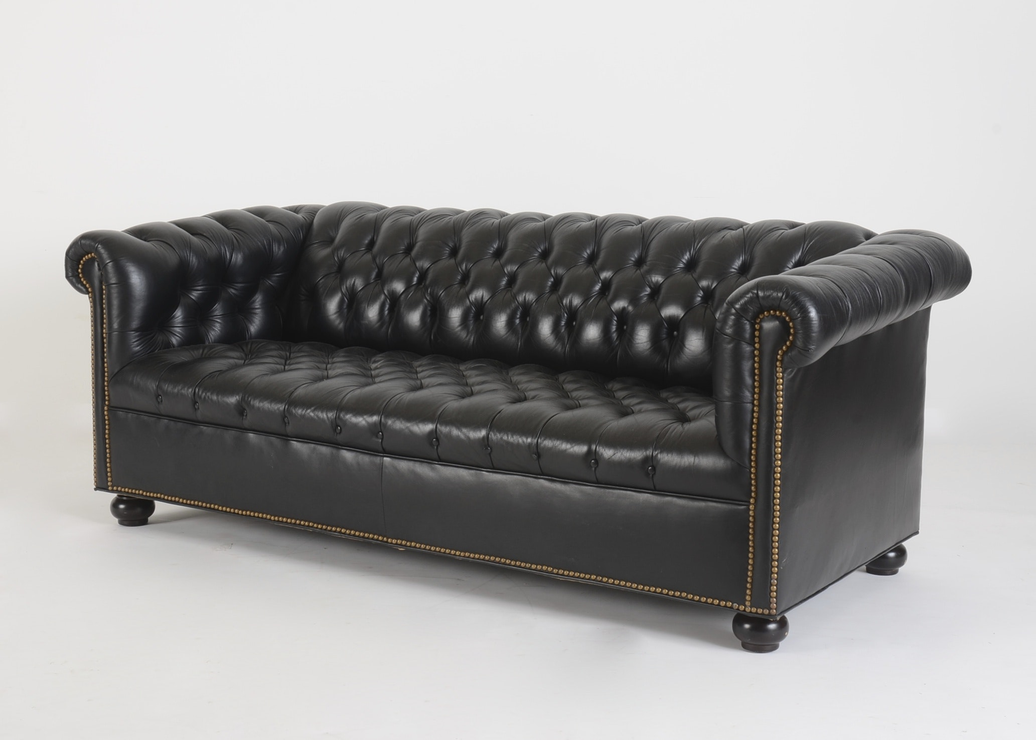 Black Leather Chesterfield Sofa ...