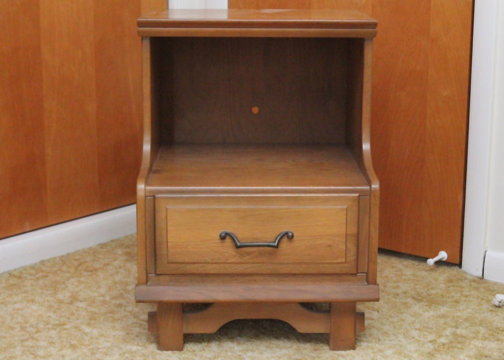 Mid Century Nightstand by Sumter Furniture pany EBTH