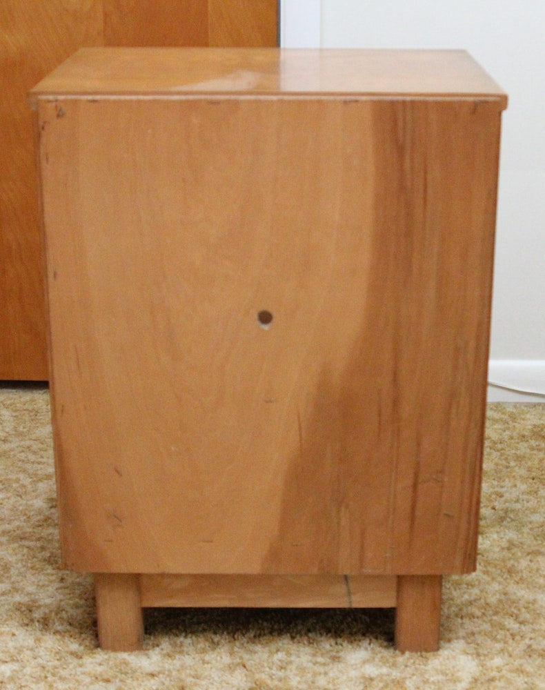 Mid Century Nightstand By Sumter Furniture Company Ebth