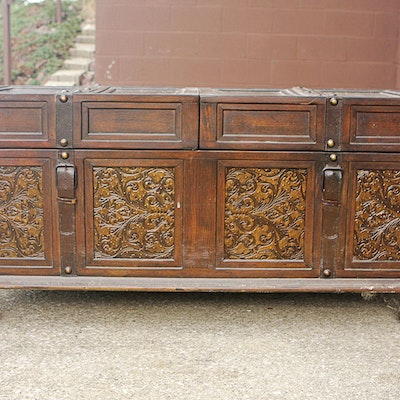 Trunk Coffee Table - Online Furniture Auctions Vintage Furniture Auction Antique