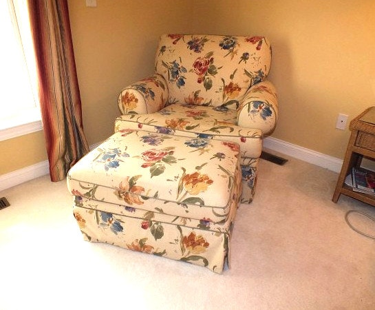 Oversized Floral Club Chair And Matching Ottoman ...