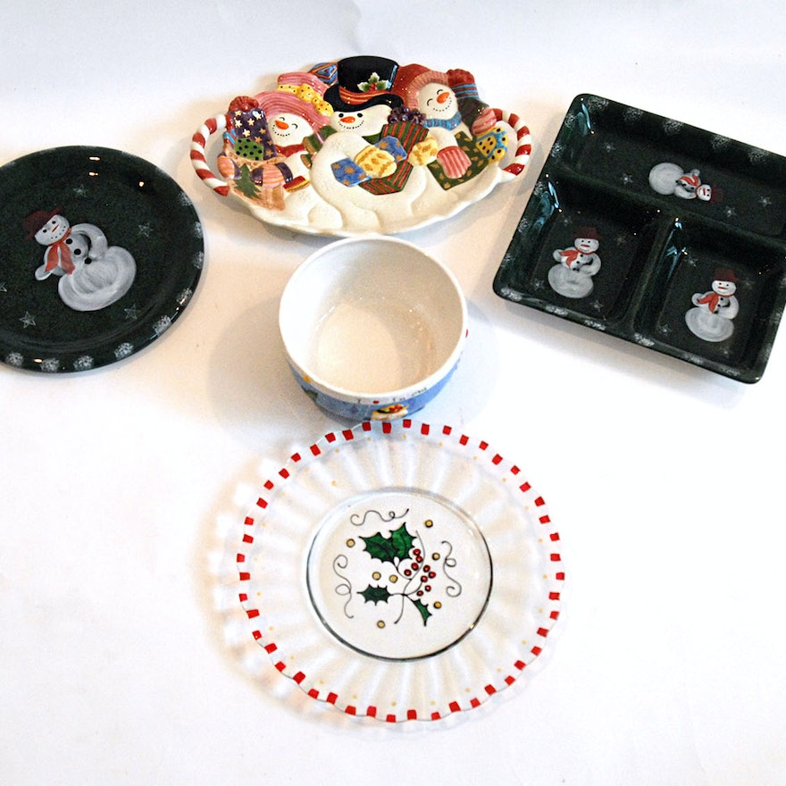 Christmas Platters And Trays.Lot Of Christmas Themed Trays And Bowls