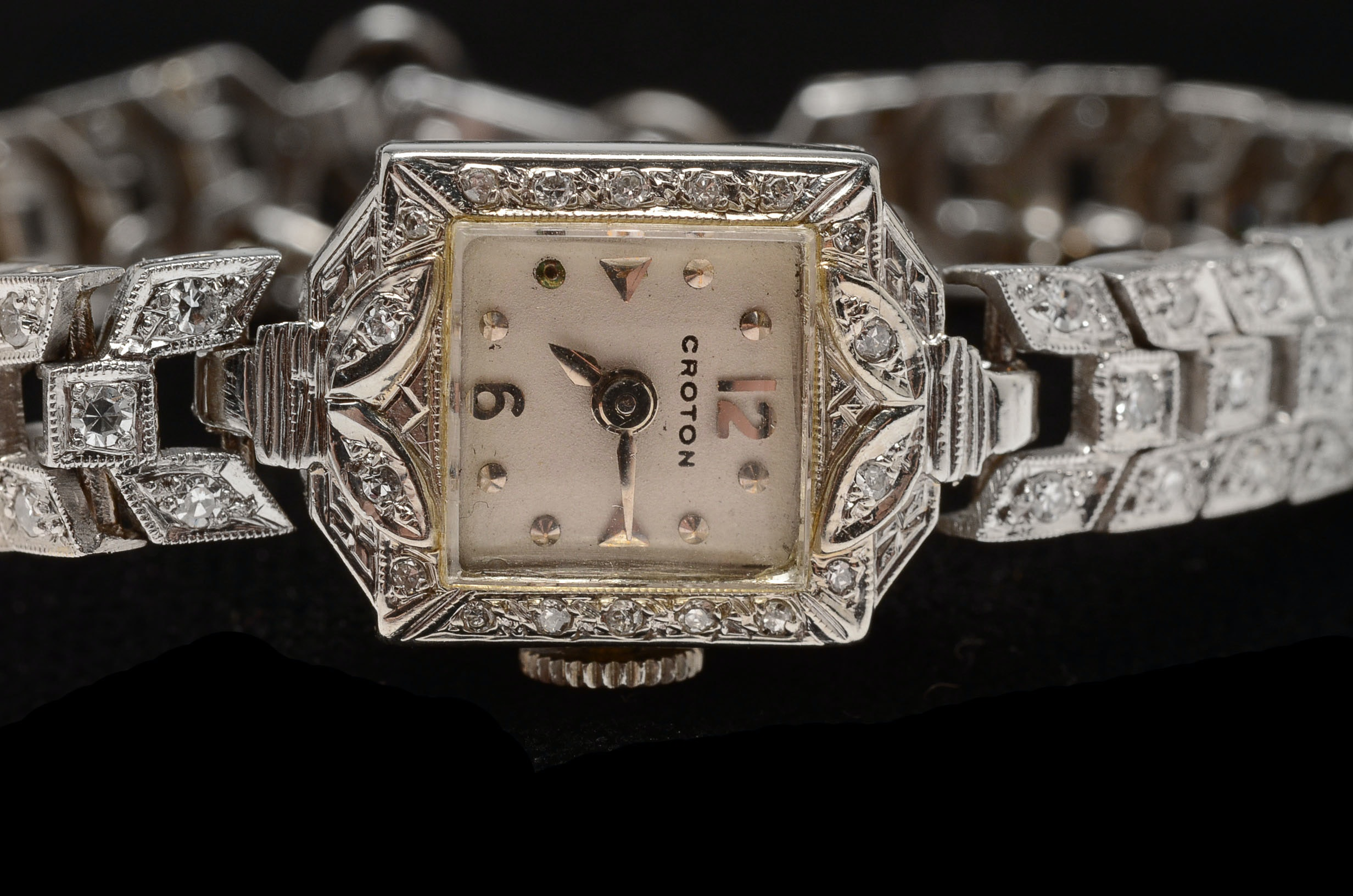croton singles & personals Shop ebay for great deals on croton men's wristwatches with date  this is a handsome estate found vintage gentleman's swiss croton wristwatch dating to the .