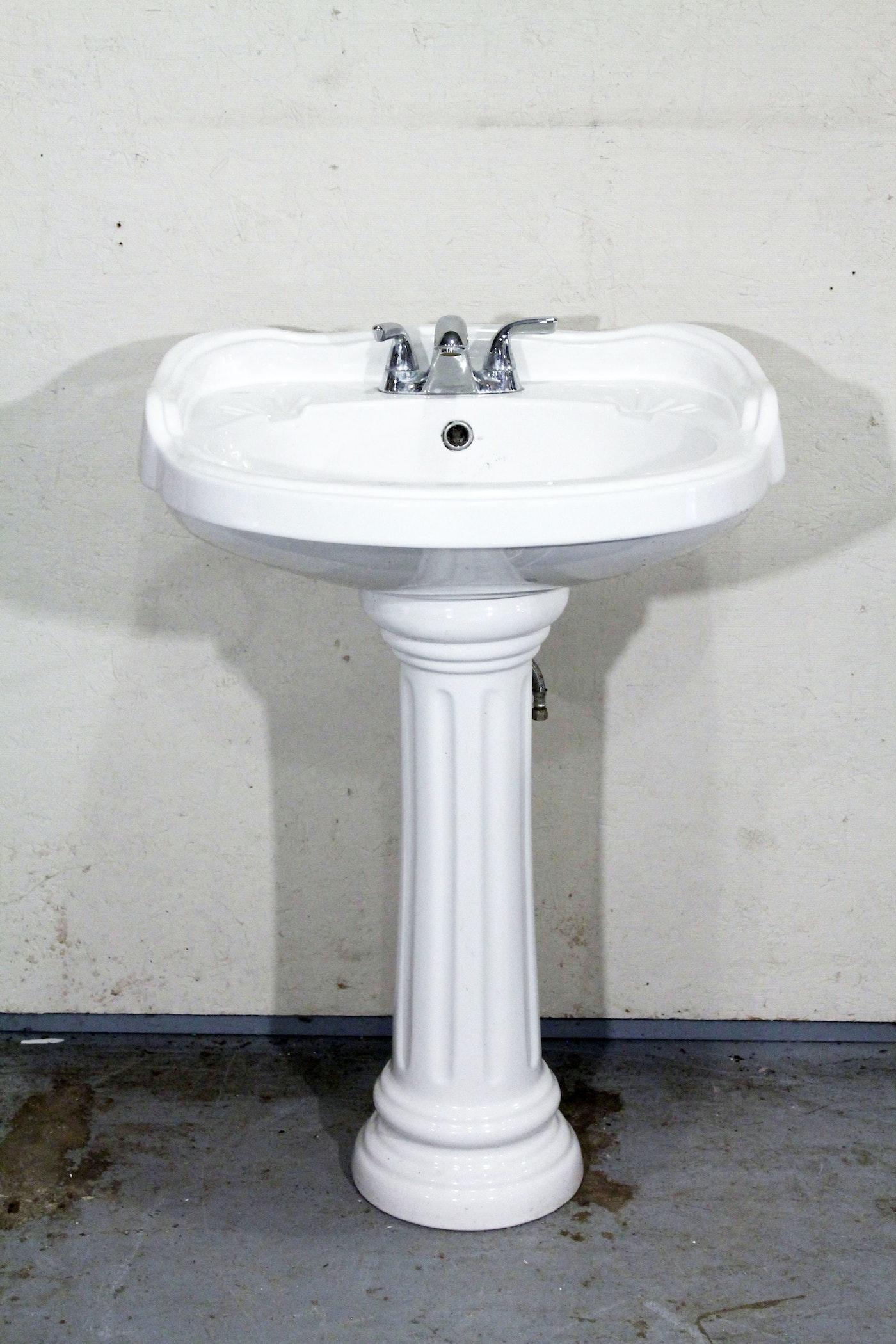 Mancesa Porcelain Sink Ebth
