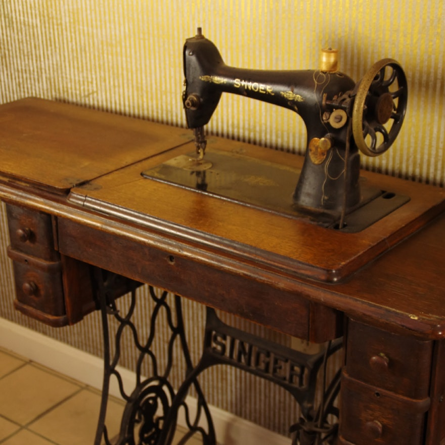 Antique Singer Treadle Sewing Machine With Table EBTH Magnificent Pedal Sewing Machine Table