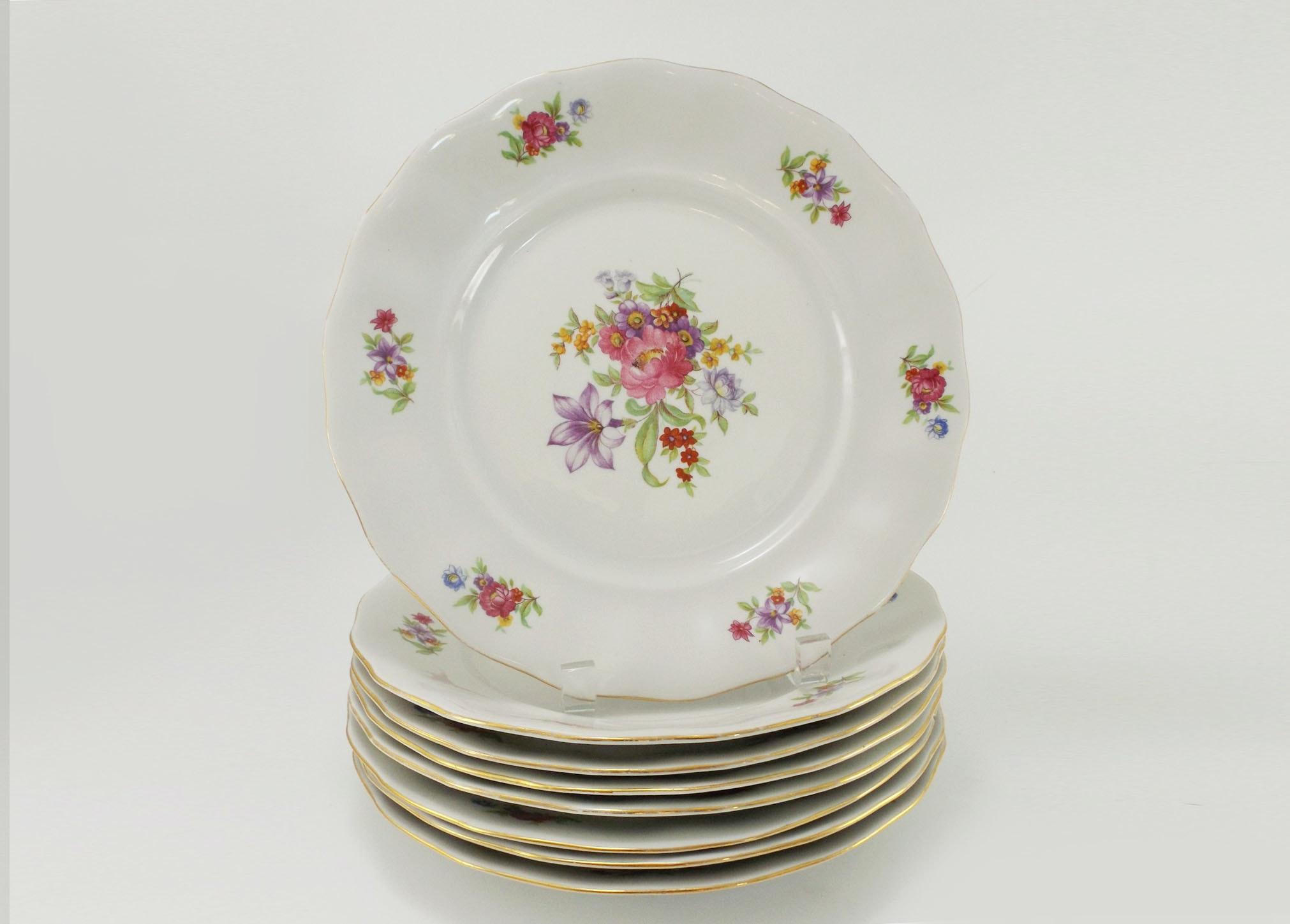 Vintage Polish Karolina Bone China Dinner Plates ...  sc 1 st  EBTH.com & Vintage Polish Karolina Bone China Dinner Plates : EBTH