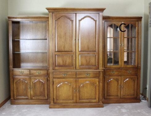 thomasville oak pier display cabinet with glass doors c