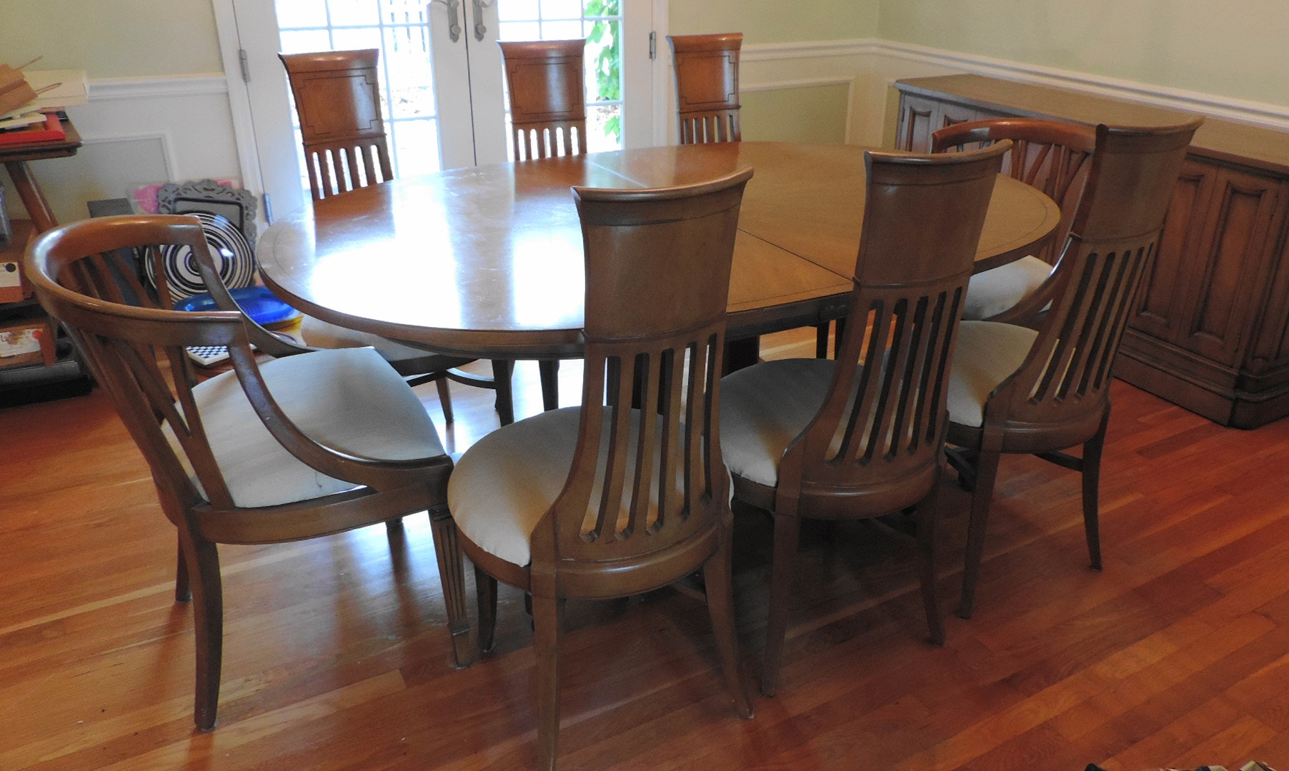 Mid Century Thomasville Dining Table And Eight Chairs ...